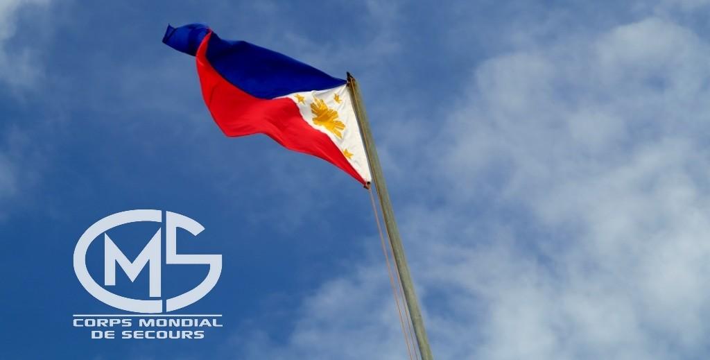 Vidéo | L'aide française arrive aux philippines, BFMTV